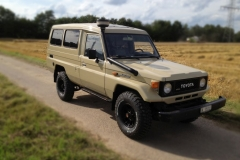 toyota-land-cruiser-001